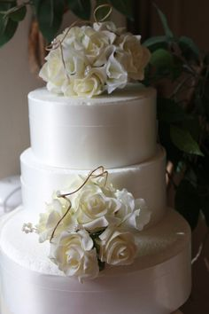 Beautiful wedding cakes for young flowers for wedding cakes artificial flowers for wedding cakes artificial junglespirit Image collections