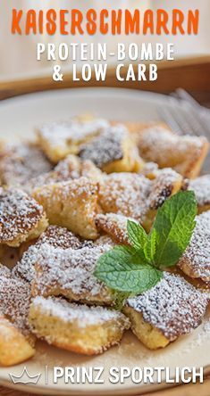 Protein Kaiserschmarrn: Eiweißbombe & Low Carb Kaiserschmarrn is super tasty, but has a lot of carbs. You can find THIS recipe for protein Low Carb Protein, Protein Foods, Low Carb Diet, Low Carb Desserts, Healthy Desserts, Low Carb Recipes, Healthy Recipes, Aperitivos Keto, Desserts Sains