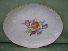 Schöne Meissen Pralinen-Schale mit vielen Blumen und Gold in Antiquitäten & Kunst, Porzellan & Keramik, Porzellan | eBay