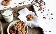 chocolate cookies by kitchenette Kitchenette, Chocolate Cookies, Cereal, Snacks, Baking, Breakfast, Sweet, Food, Cakes
