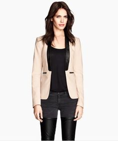 Figure-fit jacket by H&M   http://www.hm.com/gb/product/32281?article=32281-D