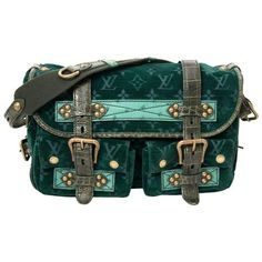 Preowned Louis Vuitton Limited Edition Green Monogram Velour Clyde Mon... ($2,332) ❤ liked on Polyvore featuring bags, handbags, green, shoulder bags, monogrammed purses, preowned handbags, monogrammed handbags, shoulder bag purse and shoulder hand bags