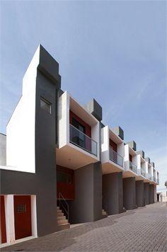 Box House, São Paulo, Brazil by Yuri Vital Architect