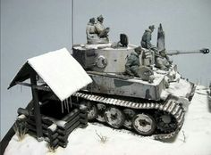 Really cool WWII Tiger Tank scale model diorama. Military Figures, Military Diorama, Diorama Militar, Gundam Wallpapers, Tiger Tank, Model Hobbies, Model Tanks, Armored Fighting Vehicle, Military Modelling
