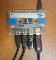 Hub USB cinta de cassette de cuatro puertos - Tienda de regalos originales QueLoVendan.com