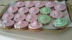 Μπισκοτα σε σχημα καπελο! Sarah Kay, Cake, Desserts, Food, Tailgate Desserts, Deserts, Kuchen, Essen, Postres