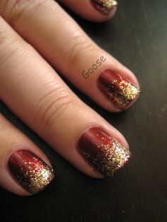 Goose's Glitter: Some Holiday Manicures