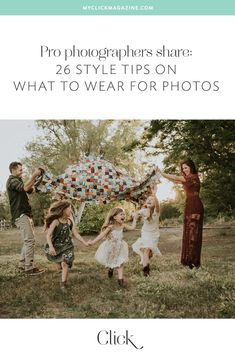 What to wear: 26 Style tips to help anyone look amazing in photos Want to know what to wear for photos? Pro photographers share 26 style tips to help anyone look and feel amazing for their next photo session.
