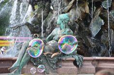 Neptunbrunnen - mit Seifenblasen - Jul 2014
