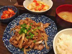 豚肉と玉ねぎの炒め物白菜の卵とじキムチ大根の味噌汁  #おうちごはん #晩ご飯#japan #japanesefood #cooking #hungry #homecooking #foodie #foodgasm #foodpics #foodporn #yummy by @nekonabe1103 - more recipes at www.tomcooks.com