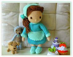 Isabella - My crochet doll - Mijn gehaakte pop - dog - bear - petit four
