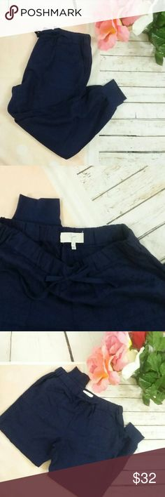 Navy Linen Joie Joggers Pants Slacks This is a lovely pair and Joie jogger pants slacks. They are ladies size medium. They don't appear to have ever been worn or washed. They are 100% linen. They are sold without stains or flaws. Joie Pants Track Pants & Joggers