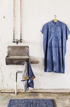 Finlayson Reno Indigo Blue Bathmat Crafted from stone-washed cotton in variants of indigo blue, the Finlayson Reno Bathmat is reminiscent of your favorite pair of worn denim. City Scene, Scandinavian Home, Spring Home, Indigo Blue, Home Textile, Wardrobe Rack, Bath Mat, Duvet Covers, Textiles