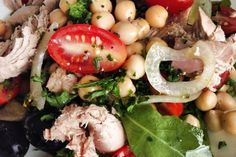 Quick, simple and delicious Melktert Melktert, Pea Salad, Tuna, Cooking Recipes, Chicken, Meat, Simple, Food, Chef Recipes