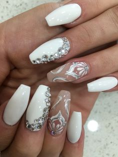 White elegance nails art