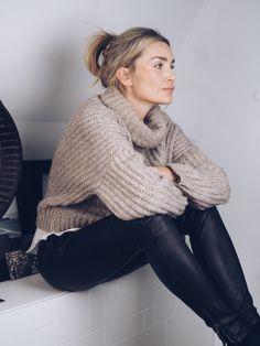 sweater & leather leggings