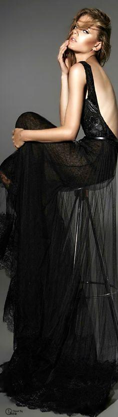#street #fashion YolanCris Barcelona black dress @wachabuy