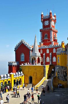 Amazing Things to Do in Sintra (Portugal) - Kat's Gone Global Portugal Travel Guide, Europe Travel Guide, Time Photography, Travel Photography, Amazing Photography, Amazing Destinations, Travel Destinations, Portugal Places To Visit, Saint Marin
