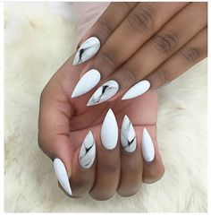 Marble nails @chaunlegend Re-pin if you LOVE these! #notd #nails #marblenails #manicure