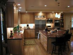 Dynasty by Omega Kitchen Cabinets | Beautiful kitchen picture of maple cabinets by Omega Dynasty, golden ...