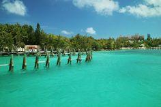 Toller Blick auf Paradise Island im türkisblauen Wasser!