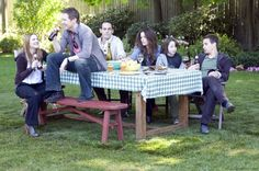 """Everybody's Fine"" movie still, 2009.  L to R: Drew Barrymore, Austin Lysy, Damian Young, Kate Beckinsale, Lucian Maisel, Sam Rockwell."