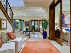 Luxury Homes for Sale in Austin Condo Bedroom, Oak Hill, Residential Real Estate, Real Estate Search, Living Area, Foyer, Luxury Homes, Golf Courses, Building