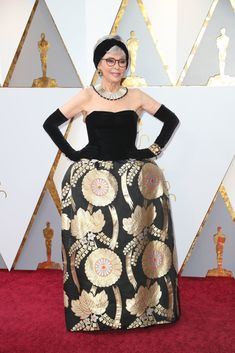 cd8a3c0d3e9 #RitaMoreno #presenter, wearing the #ICONIC #dress that she wore when she