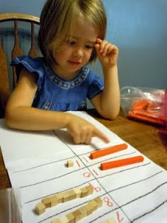 Adventures at the Kitchen Table: Introducing Place Value - Tens and Ones (pt Math Classroom, Kindergarten Math, Teaching Math, Classroom Ideas, Teaching Ideas, Preschool, Math Stations, Math Centers, Montessori