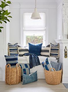 PSA: our Southampton store has a fresh shipment of super chic pillows by our our pals at and we're pretty sure you need a few of these blue-and-white beauties to spruce up your sofa before the ✨Come visit us at 11 Jobs Lane in Southampton, NY. Navy Home Decor, Chic Summer Style, Love Home, White Pillows, Home Accents, Home Accessories, Decorative Accessories, Beautiful Homes, House Beautiful
