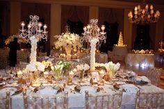 Champagne wedding decor at the Breakers Palm Beach Photo: Chris Joriann Photography