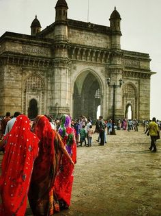 Top 10 Mumbai Attractions. SHARE YOUR TRAVEL EXPERIENCE ON www.thetripmill.com! Be a #tripmiller!