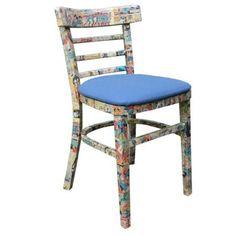 Geek Decor Aussenseiter-Dekor - New Ideas Pokemon Poster, Geek Decor, Home Crafts, Fun Crafts, Diy And Crafts, Decoupage Chair, Tabletop, Old Wooden Chairs, Retro