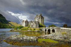 Eliean Donan Castle, Scotland