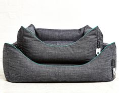 IMANII IMANII The perfect combination of design, function and comfort in dog accessories. Dogbed, Hundebett, Hundekorb ,Blue Bennett' www.imanii.com