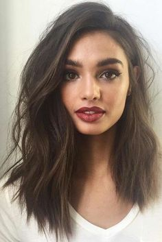 23 Easy Styling and Cute Side Bangs Long Bob with Bang Styles – Farbige Haare Long Bob Haircuts, Long Bob Hairstyles, Hairstyles With Bangs, Weekend Hairstyles, Haircut Short, Layered Haircuts, Celebrity Hairstyles, Trendy Hairstyles, Wedding Hairstyles