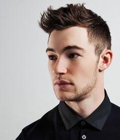 Photo gallery of men's short hair cuts.