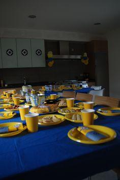 minion party Minion Theme, Minion Birthday, Despicable Me Party, Minion Party, Minions, 4th Birthday Parties, Birthday Ideas, Kid Parties, 2nd Birthday