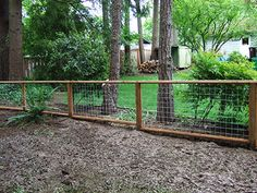 good cheap fence options for a farm to keep dogs in Wire And Wood Fence, Brick Fence, Steel Fence, Front Yard Fence, Fence Stain, Cedar Fence, Fence Landscaping, Backyard Fences, Garden Fencing