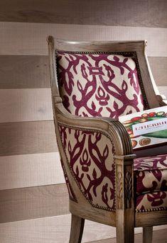 Lambris PVC, MDF : 20 modèles - Côté Maison Wood Paneling, Decoration, Armchair, Flooring, Inspiration, Furniture, Design, Home Decor, Textiles