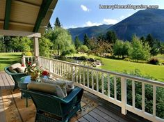 Grand Estate in Montana that offers the perfect setting and lifestyle | #porch