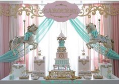 "137 Me gusta, 11 comentarios - F A R I N E (@karine_jingozian) en Instagram: ""Magical Carousel fun designed and arranged by amazing @mirrormirrordesigns Bravo ladies!! Sweets:…"""