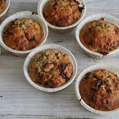 Bananmuffins uten sukker Snack Recipes, Healthy Recipes, Snacks, Healthy Food, No Bake Cake, Muffins, Cupcakes, Bread, Baking