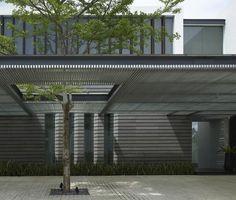LUXURY Connoisseur    Kallistos Stelios Karalis    +Ridout Road House - Singapore - Architecture - SCDA