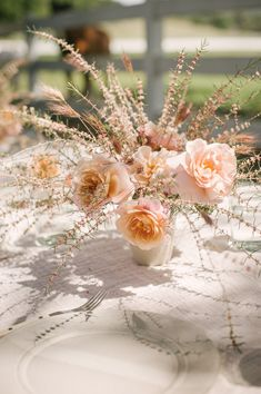 Last week I was invited to a retreat in Santa Ynez to celebrate Jenni Kayne's new book Pacific Natural. Common Garden Plants, Pamela Salzman, White Porch, Flower Cookies, Natural Shapes, Nature Decor, My Favorite Image, Jenni, Amazing Flowers