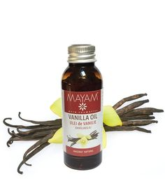 Obţinut prin macerarea într-o bază emolientă (ulei de cocos fracționat) foarte fină și non-grasă a păstăilor de vanilie, uleiul areun parfum discret caracteristic, o textură lejeră și foarte plăcută. Este ușor absorbit de piele, se poate folosi ca ataresau ca ingredient în creme, seruri, rujuriși alte preparate cosmetice de îngrijire a pielii sau de machiaj. Nutella, Candle Jars, Food And Drink, Drinks, Bottle, Health, Oil, Fragrance, Drinking