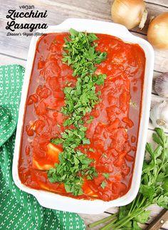 Vegan Zucchini Lasagna - gluten-free, dairy-free comfort food perfection. >> Dianne's Vegan Kitchen