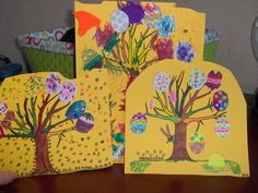 Take time to make your own Easter cards with the kids x