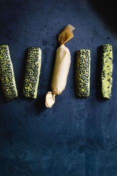 Matcha Black Sesame Nougat Chews Vegan Desserts, Dessert Recipes, Chinese Desserts, Seed Crackers Recipe, Black Sesame, Edible Gifts, Matcha, Sweets, Candy