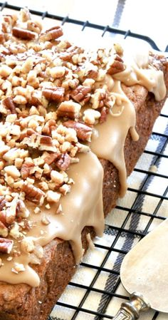 Caramel Apple Pecan Blondies-Thick, Rich, Moist and Chewy Apple Blondies With An…